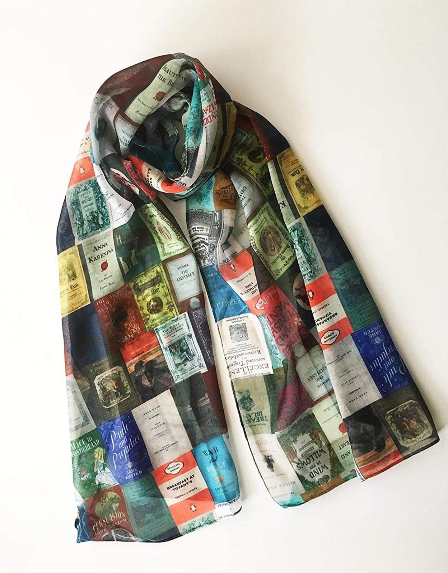 Literature Scarf printed with classic book covers